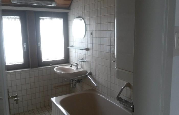 Einfamilienhaus kaufen Bad Buchau Altbau mit Tageslichtbad und Badewanne